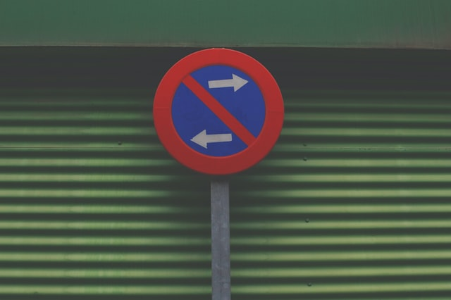 No crossing sign by Adria Tormo